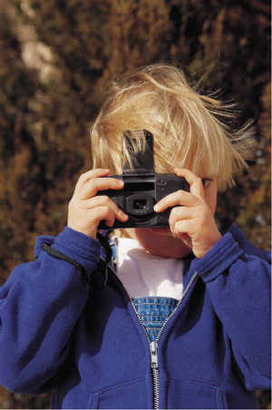 child-with-camera